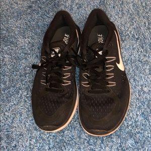 Nike flex 2017 running shoes